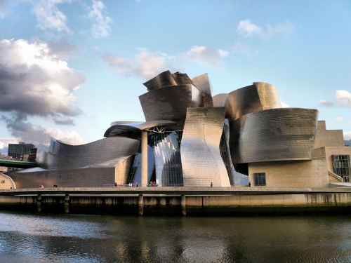 Bilbao ( F. Gehry )